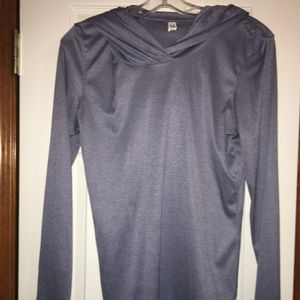 Under Armour Hooded Top Size Small